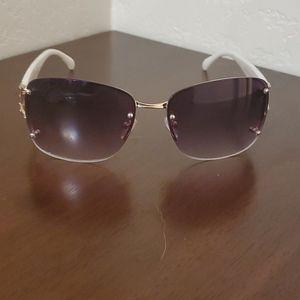 Steve Madden Sunglasses  🕶